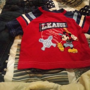 Cat & Jack Skinny blue jeans/Mickey Mouse t shirt